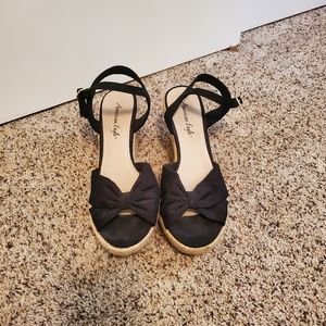American Eagle wedge sandals size 10